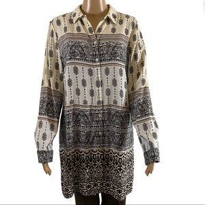 CHICO'S Tunic Length Button Front Collared Shirt